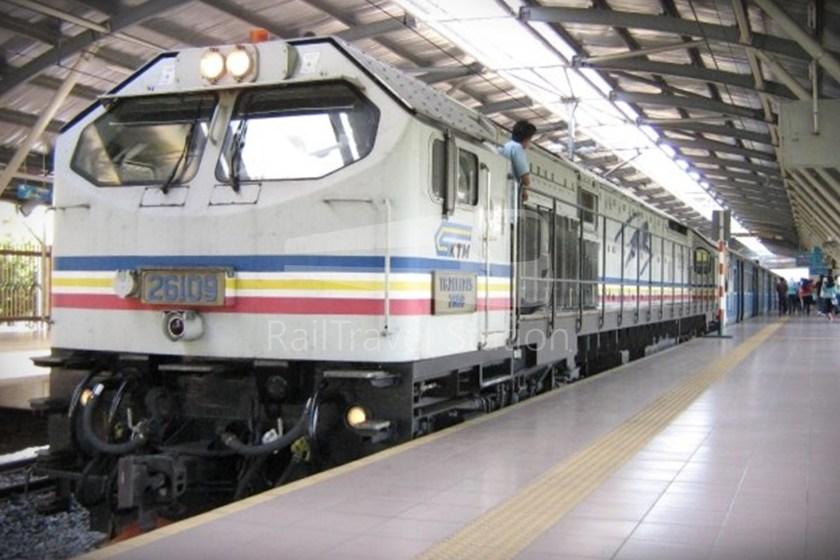 82 Class Hybrid Train 07