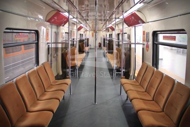 83 Class EMU29 SkyPark Link Interior 01.JPG