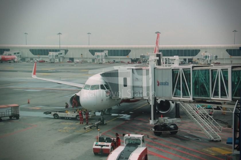 AirAsia AK6436 KUL KBR 037