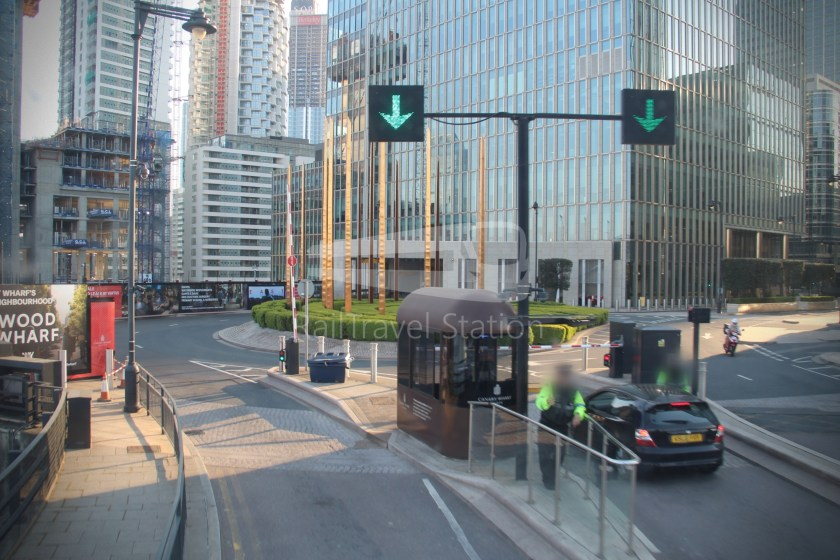 DLR Rail Replacement Bus Service A Tower Gateway Canary Wharf 038