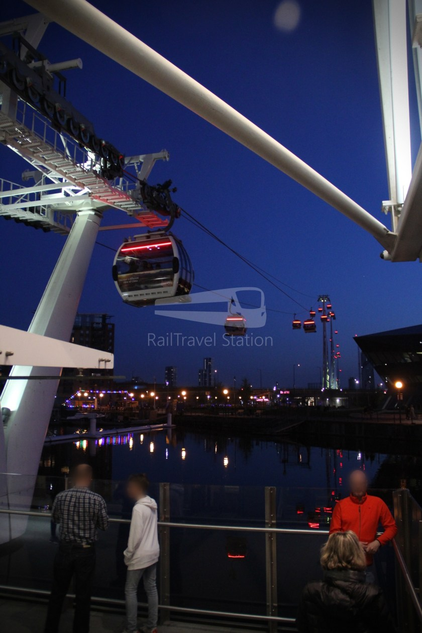 Emirates Air Line Emirates Greenwich Peninsula Emirates Royal Docks Sunset 045