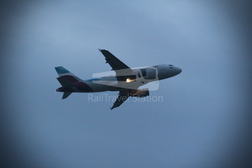 Malaysia Airlines MH1 LHR KUL 037