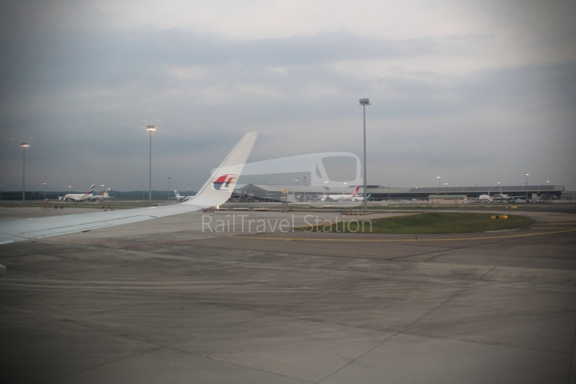 Malaysia Airlines MH607 KUL SIN 034