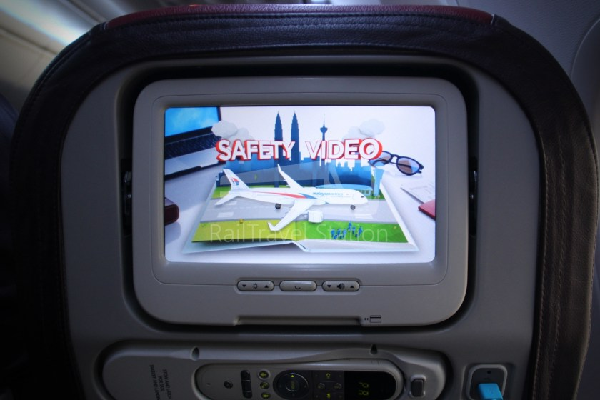 Malaysia Airlines MH607 KUL SIN 035