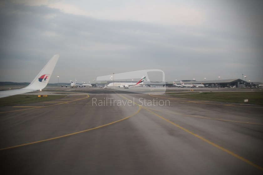 Malaysia Airlines MH607 KUL SIN 039