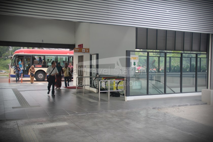 RapidKL T773 Ara Damansara Subang Airport 04
