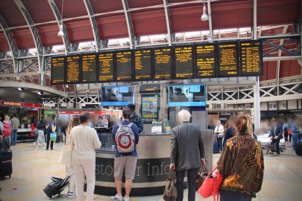 TfL Rail London Paddington Hayes & Harlington 002