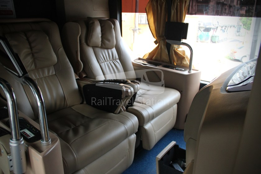 Transtar First Class Solitaire Suites Kuala Lumpur Singapore 016