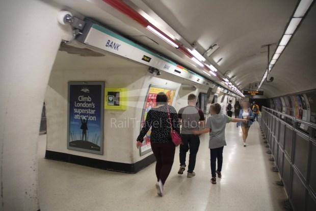 Waterloo & City Line Bank Waterloo 012
