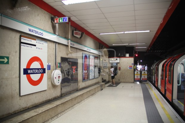 Waterloo & City Line Bank Waterloo 031
