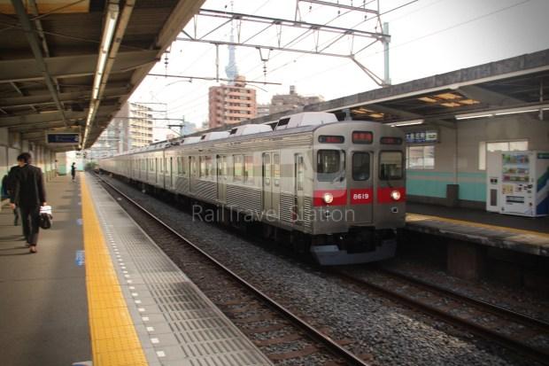 Tobu Skytree Line Local Higashi-Mukojima Asakusa 008