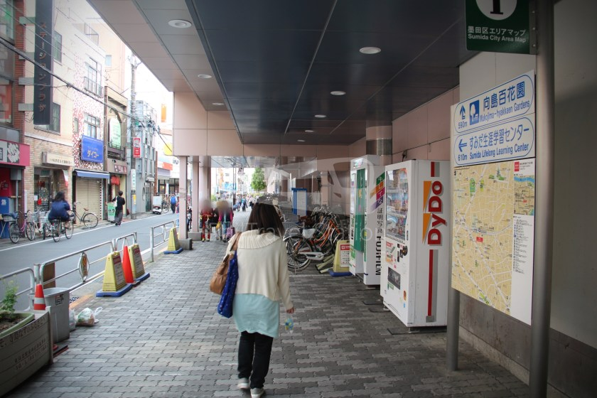 Tobu Skytree Line Local Tokyo Skytree Higashi-Mukojima 031