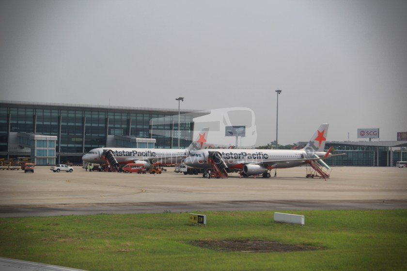 AirAsia AK512 KUL HAN 051