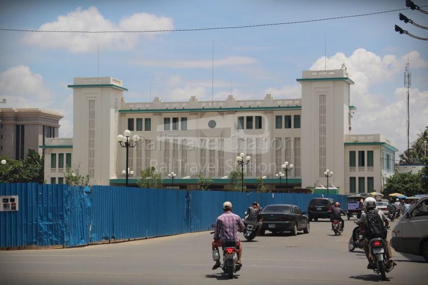 London to Singapore Day 33 Phnom Penh 06