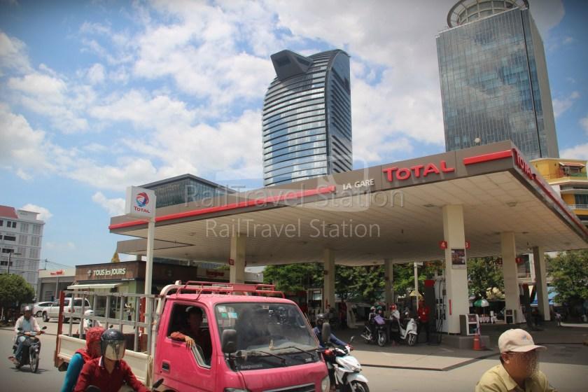 London to Singapore Day 33 Phnom Penh 20