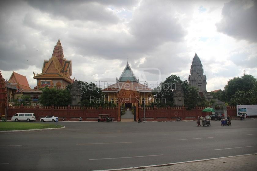 London to Singapore Day 33 Phnom Penh 34.JPG