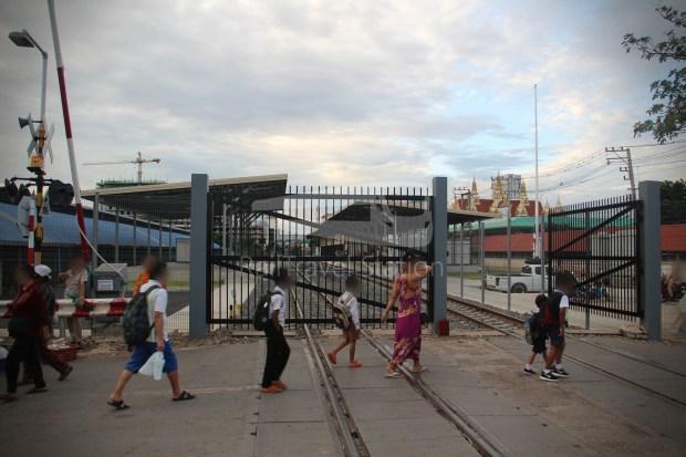 Ordinary 280 Ban Klong Luk Border Bangkok 012