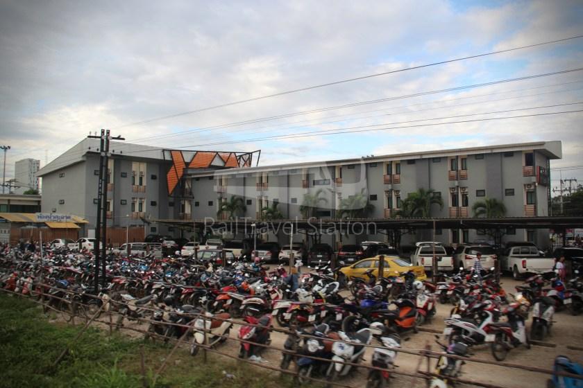 Ordinary 280 Ban Klong Luk Border Bangkok 071