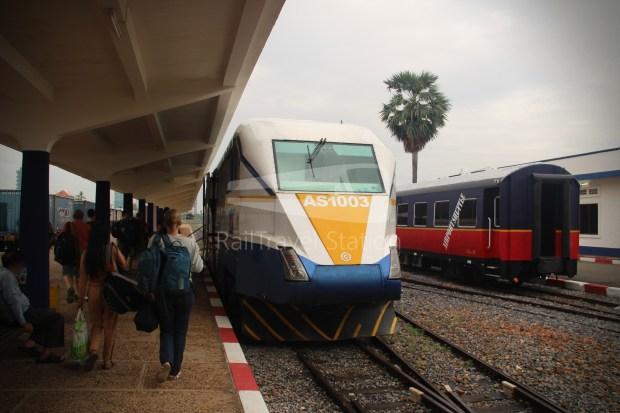 PNH-PS-BB-SS-PP 0715 AM Phnom Penh Poipet by Train 021