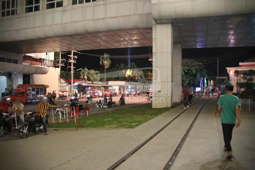 Poipet Ban Khlong Luk Walk 018