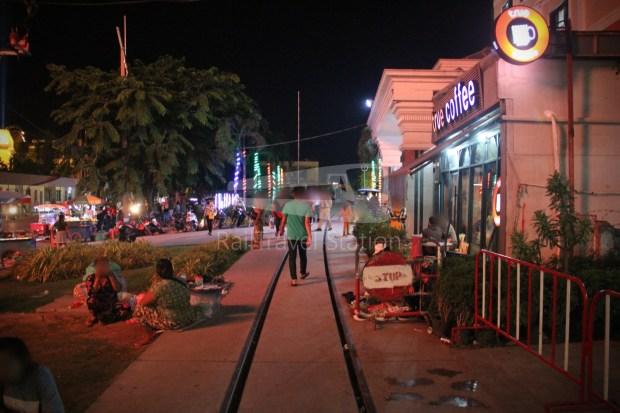 Poipet Ban Khlong Luk Walk 019