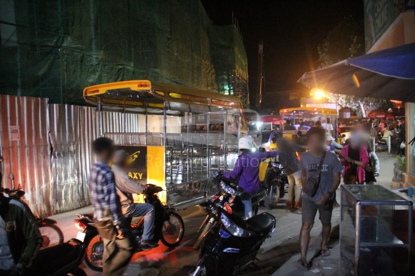 Poipet Ban Khlong Luk Walk 027