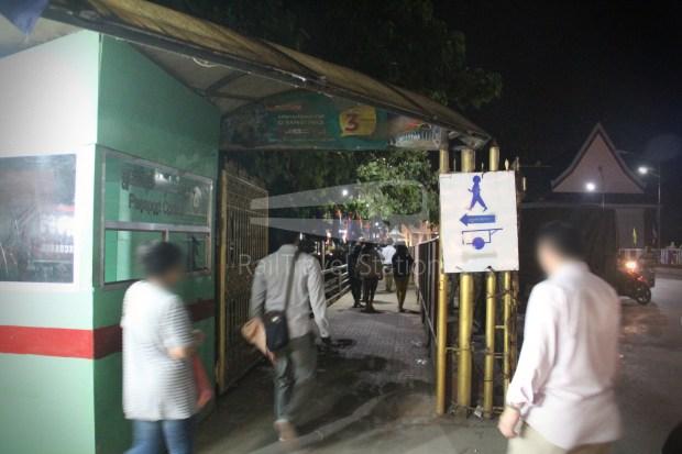 Poipet Ban Khlong Luk Walk 029