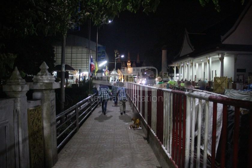 Poipet Ban Khlong Luk Walk 032