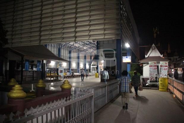 Poipet Ban Khlong Luk Walk 033