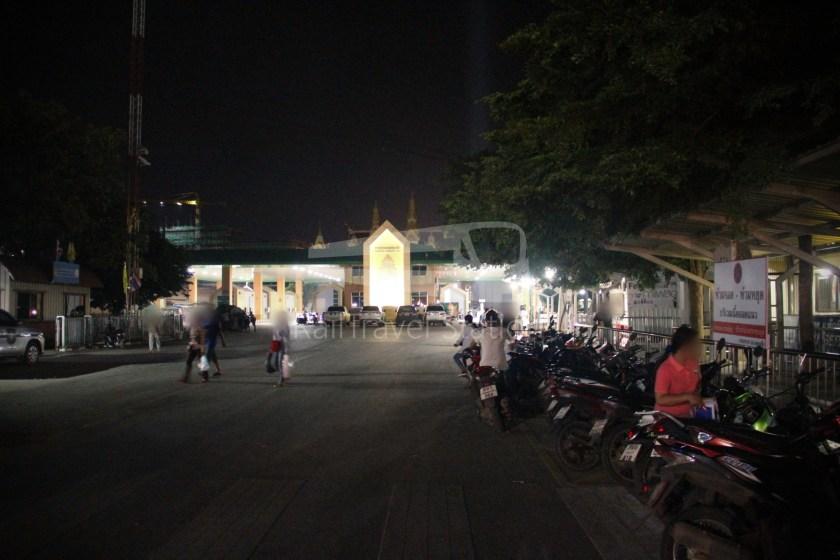 Poipet Ban Khlong Luk Walk 035