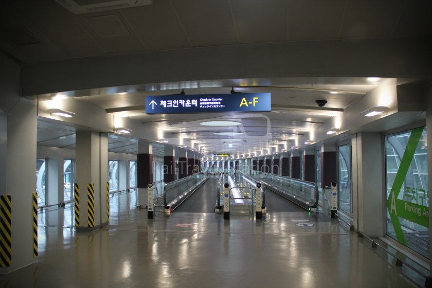 AREX Express Train Seoul Station Incheon International Airport Terminal 1 060
