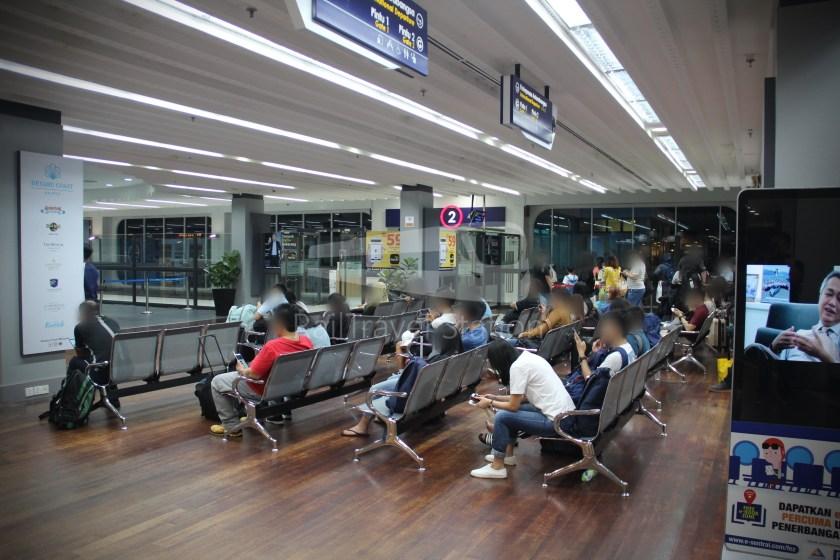 AirAsia AK6049 JHB KUL for BWN 010