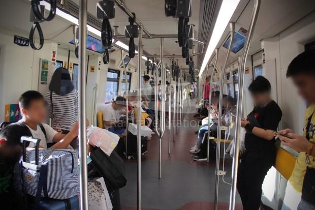 BTS Sukhumvit Line Chit Lom Phaya Thai Siemens Inspiro 009