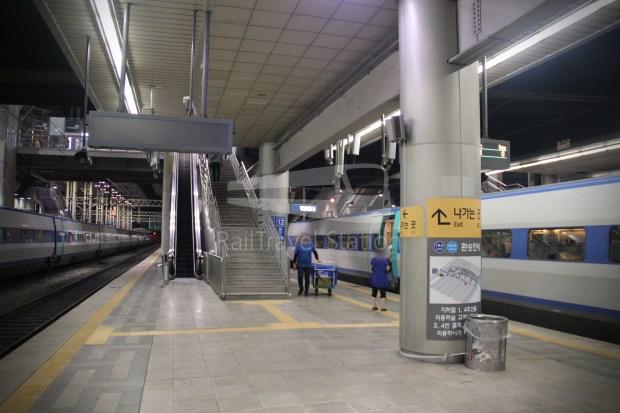 KTX 158 Busan Seoul 071