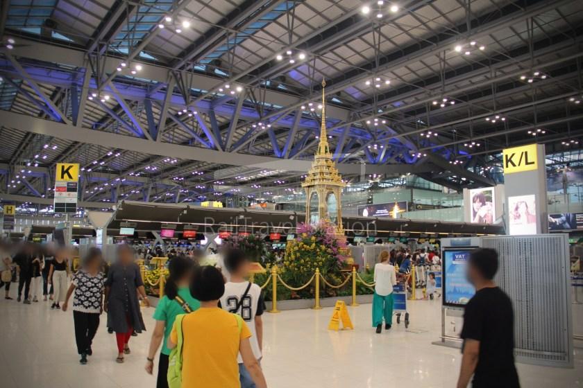 Singapore Airlines SQ983 BKK SIN 001