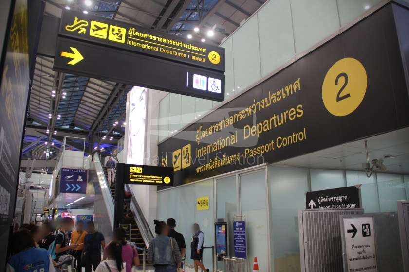Singapore Airlines SQ983 BKK SIN 008