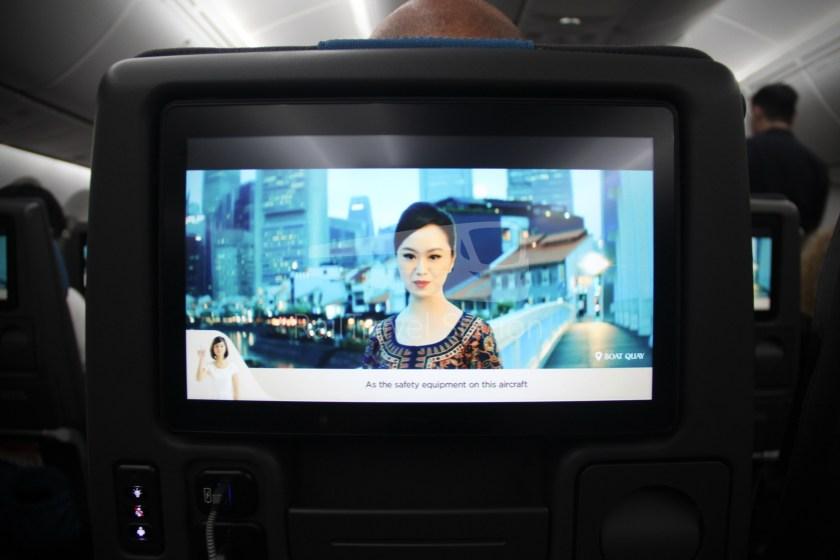 Singapore Airlines SQ983 BKK SIN 049