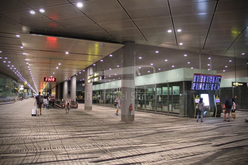 Singapore Airlines SQ983 BKK SIN 073