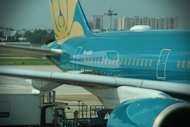 Vietnam Airlines VN657 SGN SIN from ICN 011
