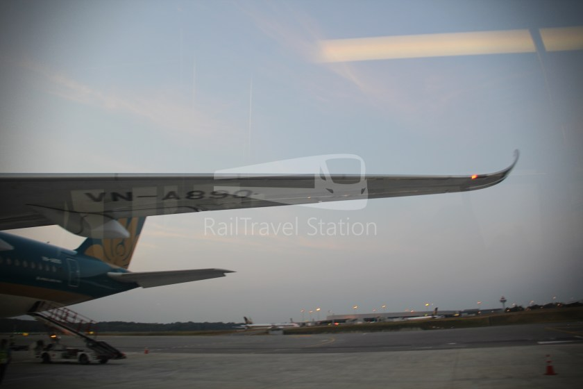 Vietnam Airlines VN657 SGN SIN from ICN 049