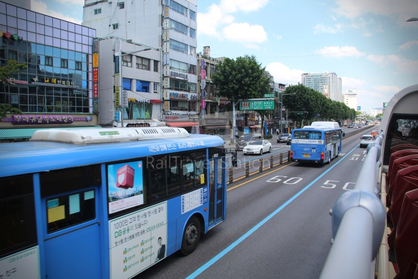 Yellow Balloon City Bus 080