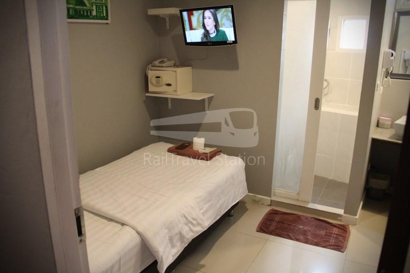 @Hua Lamphong Hotel Single 007