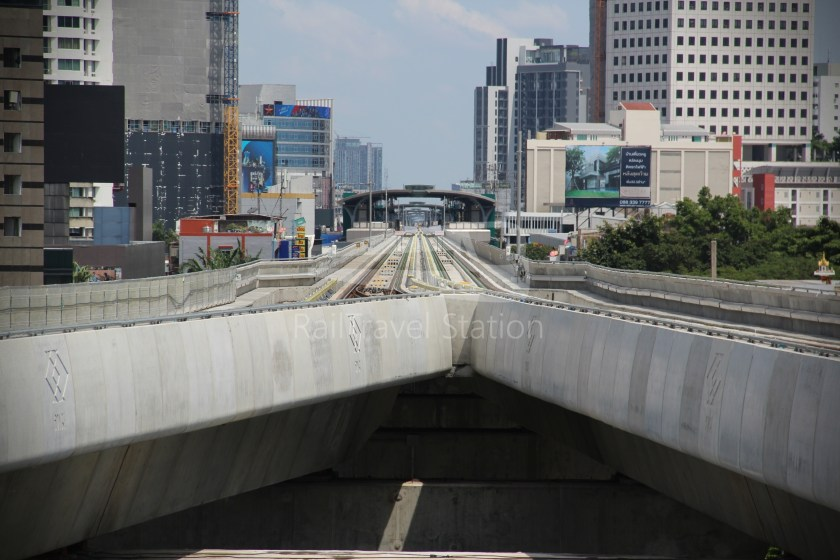BTS Sukhumvit Line Ha Yaek Lat Phrao Extension 028