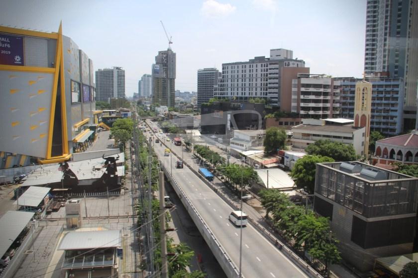 BTS Sukhumvit Line Ha Yaek Lat Phrao Extension 086