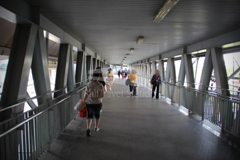SARL City Line Makkasan Suvarnabhumi Airport 003