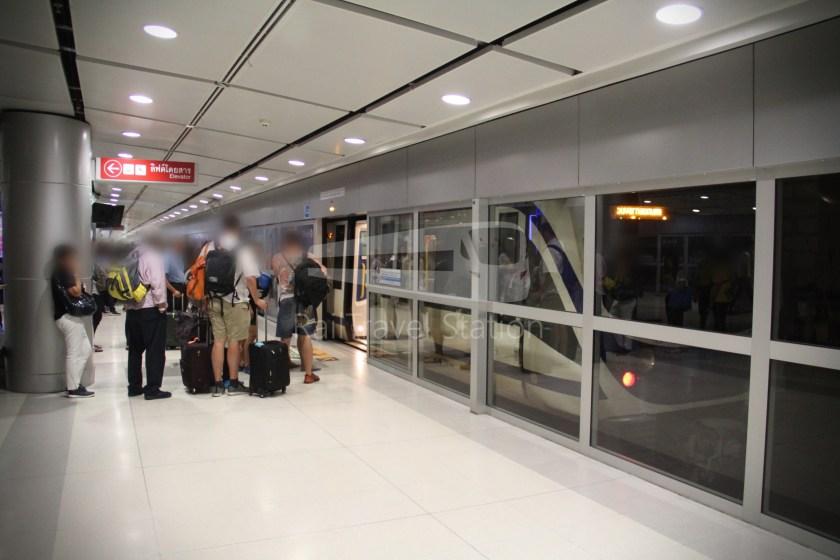 SARL City Line Makkasan Suvarnabhumi Airport 026