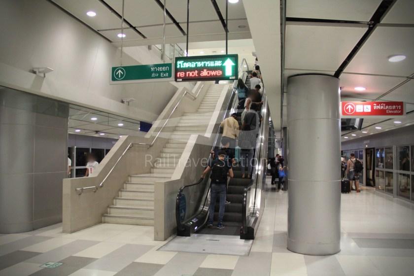 SARL City Line Makkasan Suvarnabhumi Airport 027
