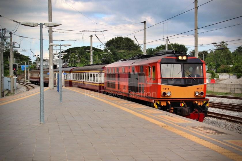 Special Express 46 Padang Besar Bangkok Hua Lamphong 006