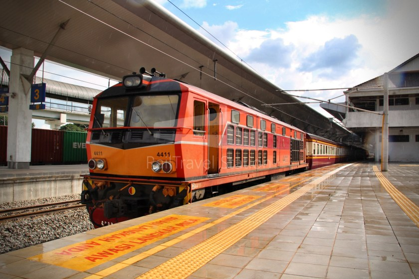 Special Express 46 Padang Besar Bangkok Hua Lamphong 013