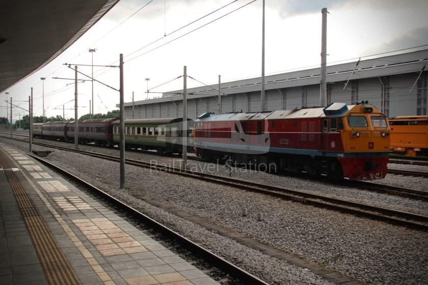 Special Express 46 Padang Besar Bangkok Hua Lamphong 026
